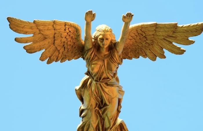 5 mensagens espirituais do Anjo número 1919