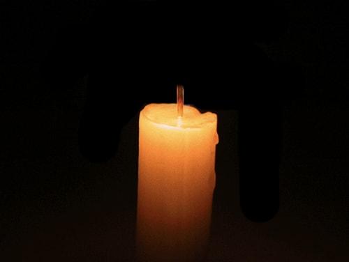 Acender uma vela branca