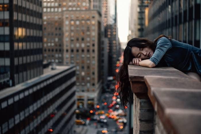 Sentir muito sono em um determinado ambiente