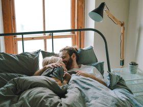 O que acontece espiritualmente quando duas pessoas fazem amor