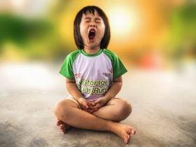 Bocejar Muito no Espiritismo | Leia o Significado Espiritual