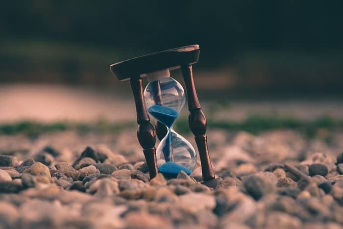 Qual o significado das horas exatas ou em ponto no relógio