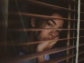20 Sintomas de Amarração Amorosa: Efeitos na Pessoa Amada