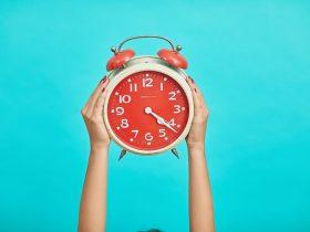 Significado das Horas Exatas e em Ponto | 00:00, 19:00 e mais