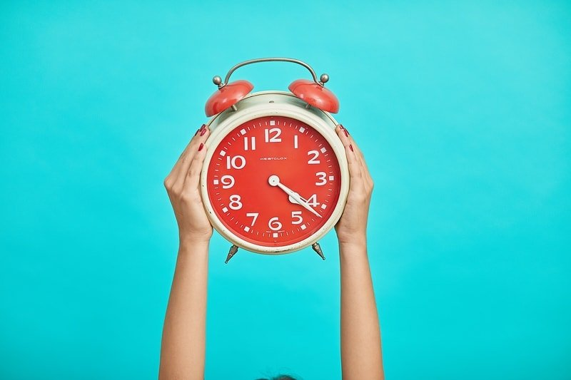 Significado das Horas Exatas e em Ponto   00:00, 19:00 e mais