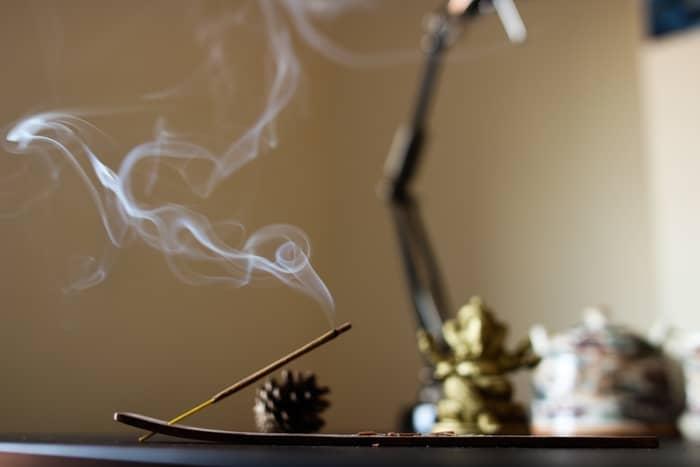 Origem dos cheiros no espiritismo