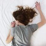 Acordar e não conseguir se mexer no espiritismo