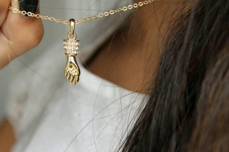 Significado Espiritual da Figa: 7 Poderes Deste Amuleto da Sorte