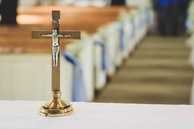 Desvantagens das cruzes no catolicismo e Umbanda